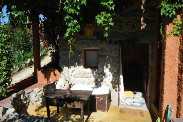 Holiday homes-casas de férias Portugal Alegria bedroom
