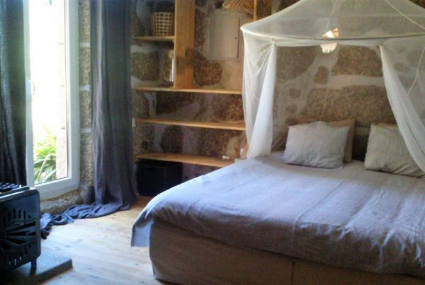 Holiday cottage Portugal by Horse bedroom