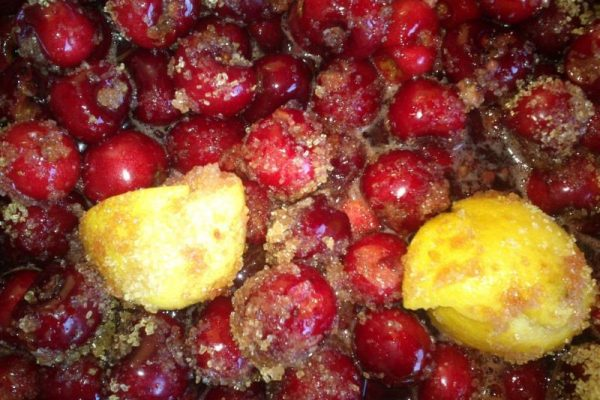 Holiday farm Portugal making jam
