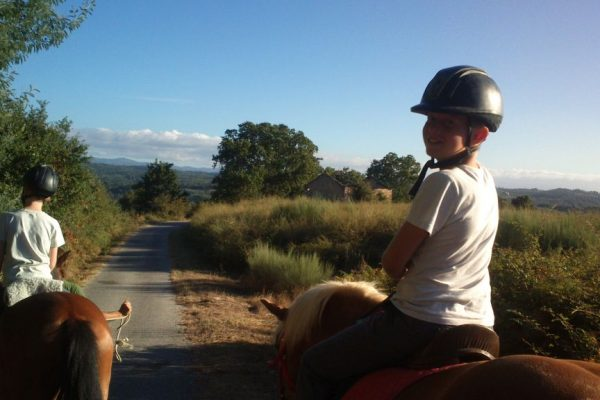 children-horse-riding-2