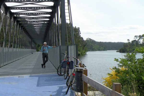 cycling-ecopista-ponte-rio-dao