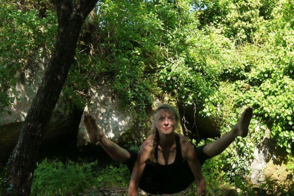yoga-insect-posture-tittibasana-1